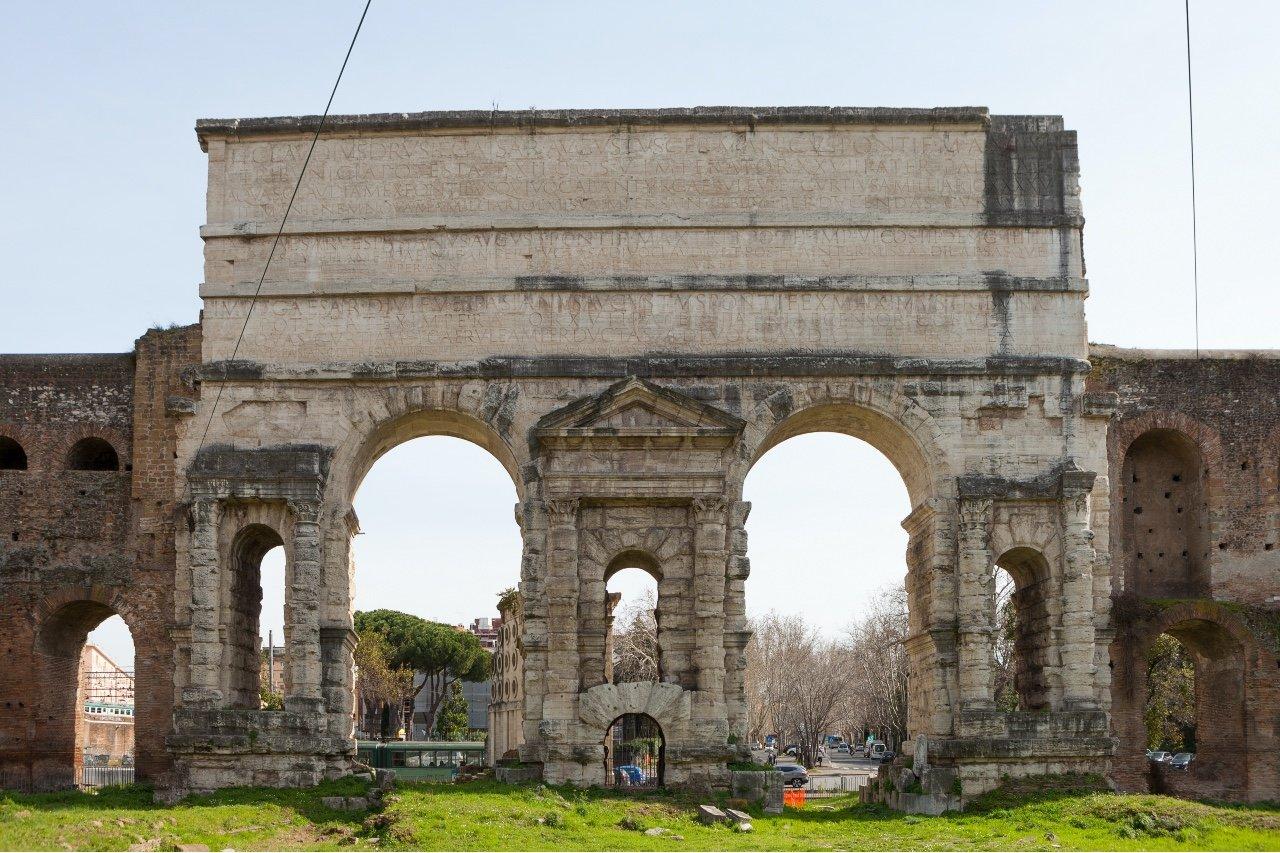 Roma, rione Esquilino. Porta Maggiore